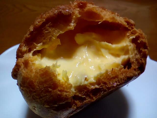 卵卵ふぁーむのシュークリームのカスタードクリームが美味い